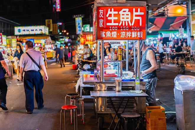 Chàng trai Việt một mình phượt từ Los Angeles đến Đài Loan bằng xe máy gần 40 ngày-2