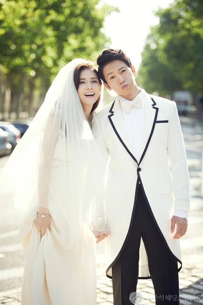 Cặp đôi vàng của làng giải trí HànLee Bo Young và Ji Sung chuẩn bị đón con thứ hai-1