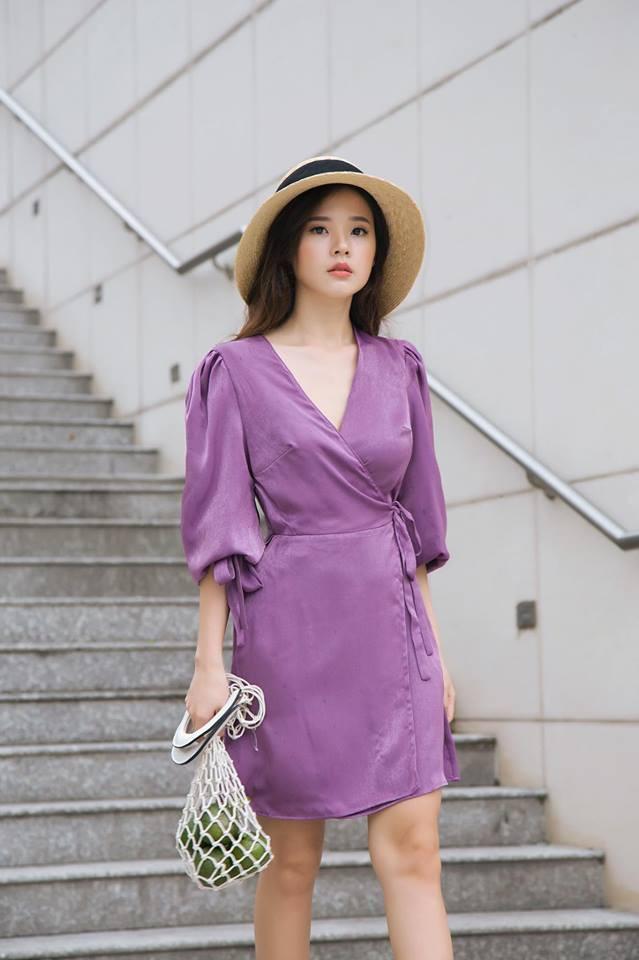 Street style sao Việt: Tâm Tít lăng-xê mốt quần jeans rách tả tơi - Angela Phương Trinh khoe da thịt sexy-9