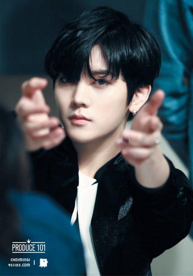 Fan phẫn nộ khi hình ảnh EXO - BTS bị sử dụng trái phép trên banner sự kiện Âm nhạc - Hài kịch-3