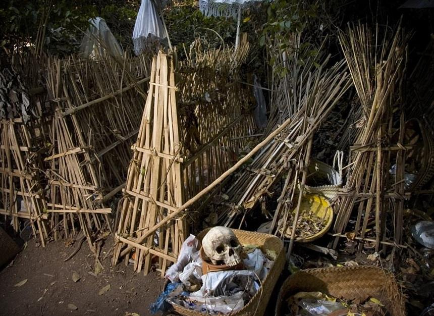 Những tập tục kỳ dị chỉ có ở Indonesia-13