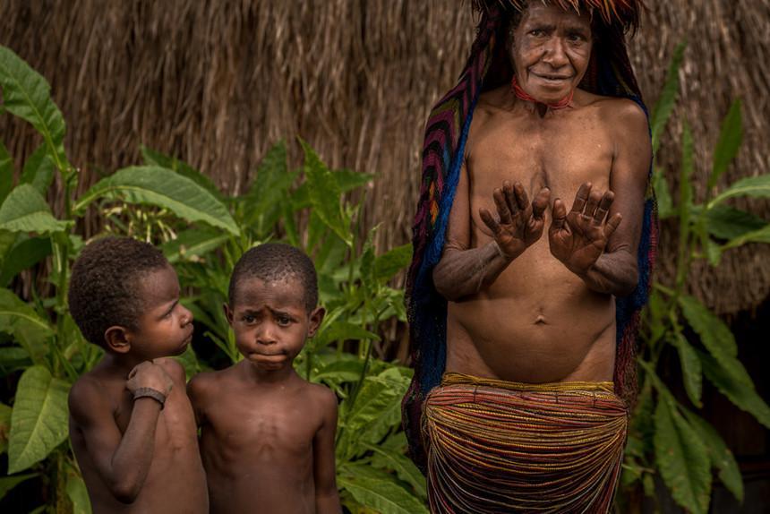 Những tập tục kỳ dị chỉ có ở Indonesia-15