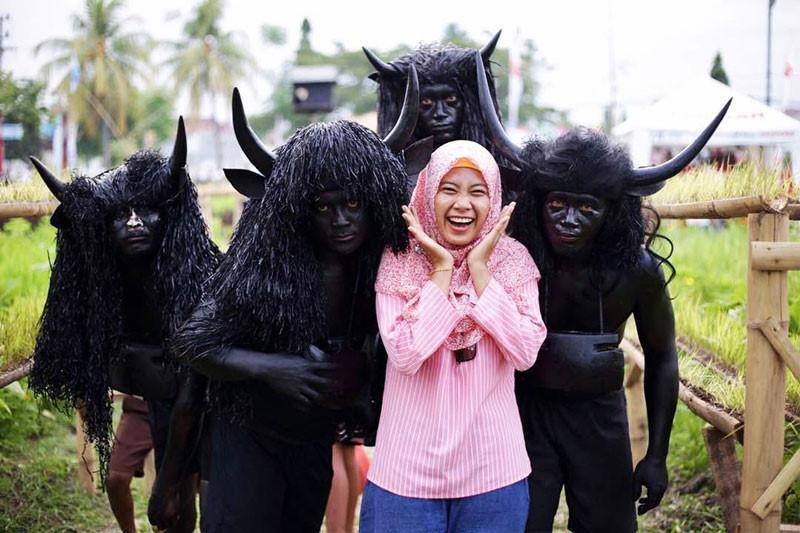 Những tập tục kỳ dị chỉ có ở Indonesia-19