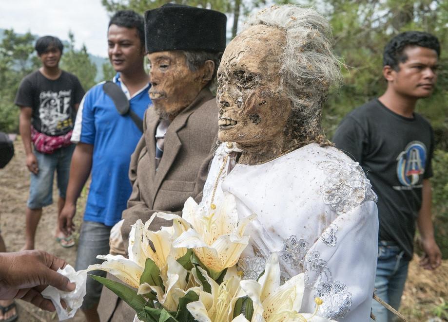 Những tập tục kỳ dị chỉ có ở Indonesia-4