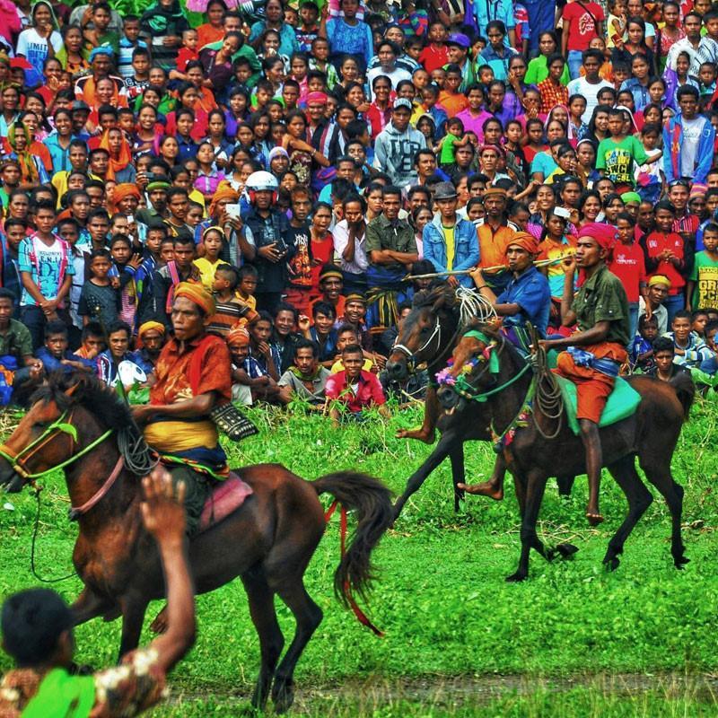 Những tập tục kỳ dị chỉ có ở Indonesia-23
