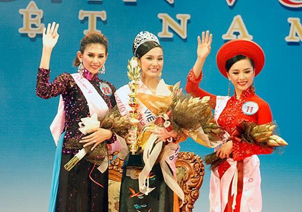 Từ ca sĩ đến danh xưng hoa hậu, Thùy Lâm và Hương Giang trở thành cặp mỹ nhân khác biệt nhất xưa nay-1