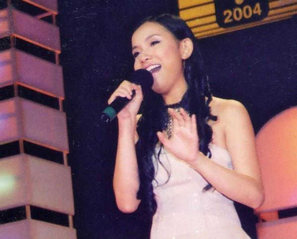 Từ ca sĩ đến danh xưng hoa hậu, Thùy Lâm và Hương Giang trở thành cặp mỹ nhân khác biệt nhất xưa nay-4