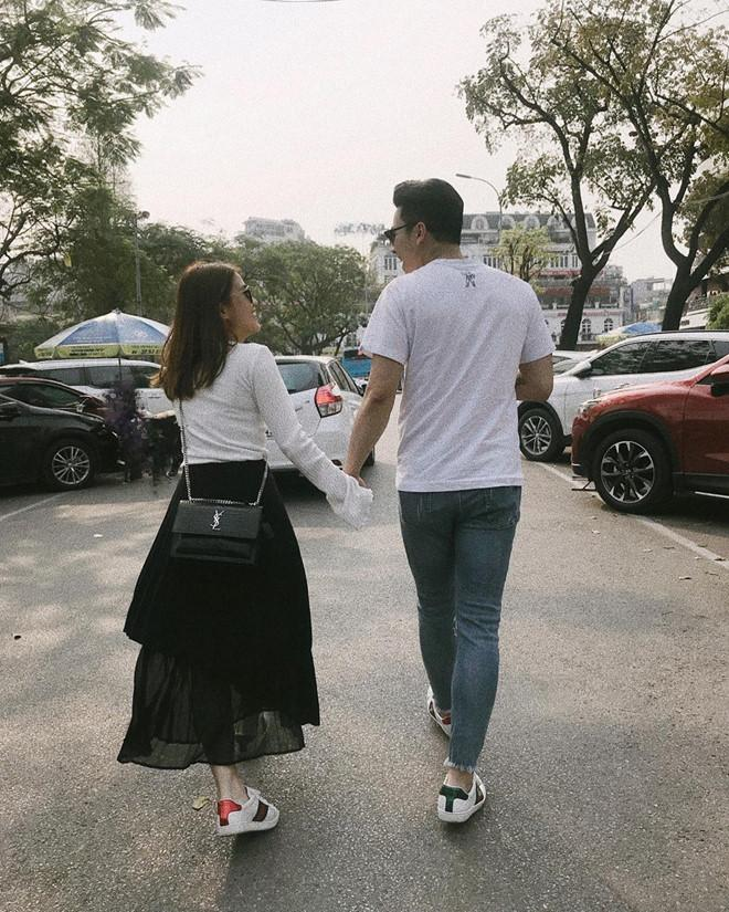 Ngọc Thảo hôn bạn trai Việt kiều say đắm sau tin đồn chia tay-2