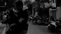 Ngọc Thảo hôn bạn trai Việt kiều say đắm sau tin đồn chia tay