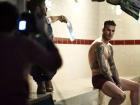 Bí mật 'động trời' sau ảnh nội y đốn tim chị em của David Beckham