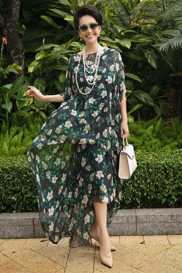 Mê mệt ngắm dàn quốc sắc thiên hương Việt Nam váy áo lộng lẫy, đài các-2