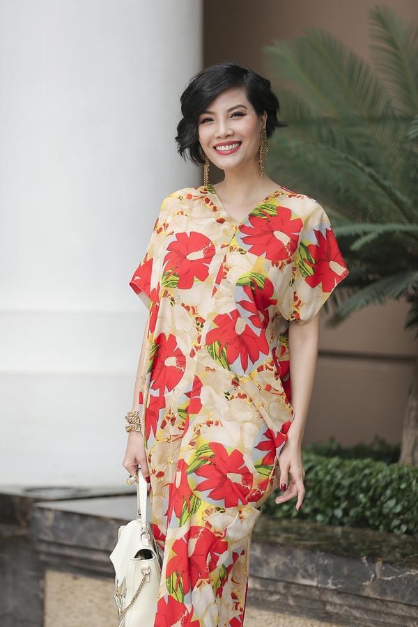 Mê mệt ngắm dàn quốc sắc thiên hương Việt Nam váy áo lộng lẫy, đài các-9