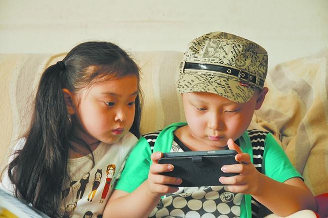 Sao nhí Trung Quốc qua đời 3 năm, gia đình vẫn bị ám ảnh-2