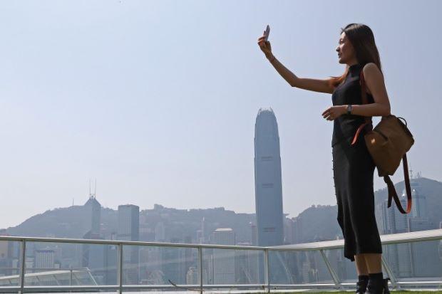 Giới trẻ sẵn sàng đập mặt xây lại để đẹp như hình selfie-1
