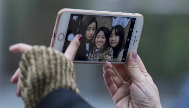 Giới trẻ sẵn sàng đập mặt xây lại để đẹp như hình selfie-2