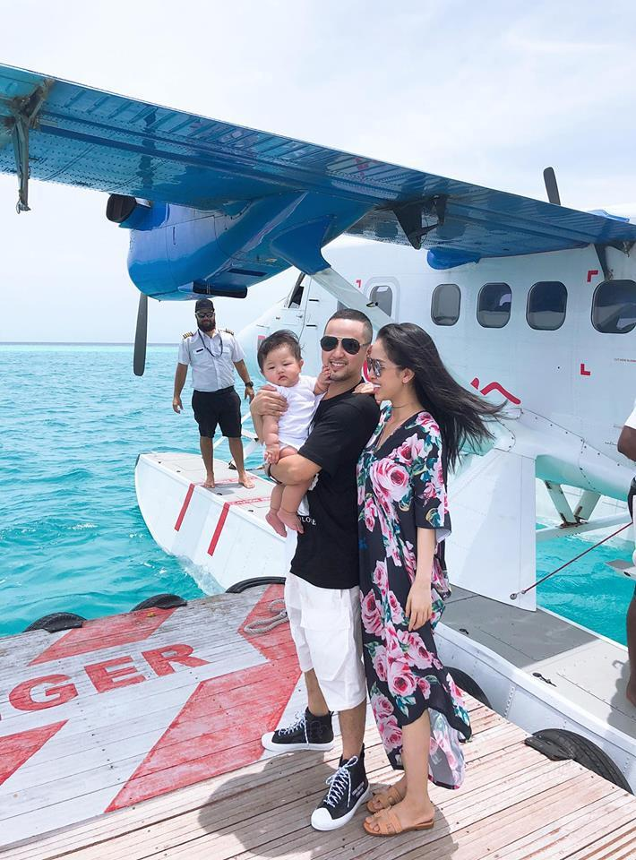 Kỉ niệm 1 năm ngày cưới, vợ chồng anh trai ca sĩ Bảo Thy chơi lớn khi quyết định cùng con gái gần 1 tuổi du lịch Maldives-2