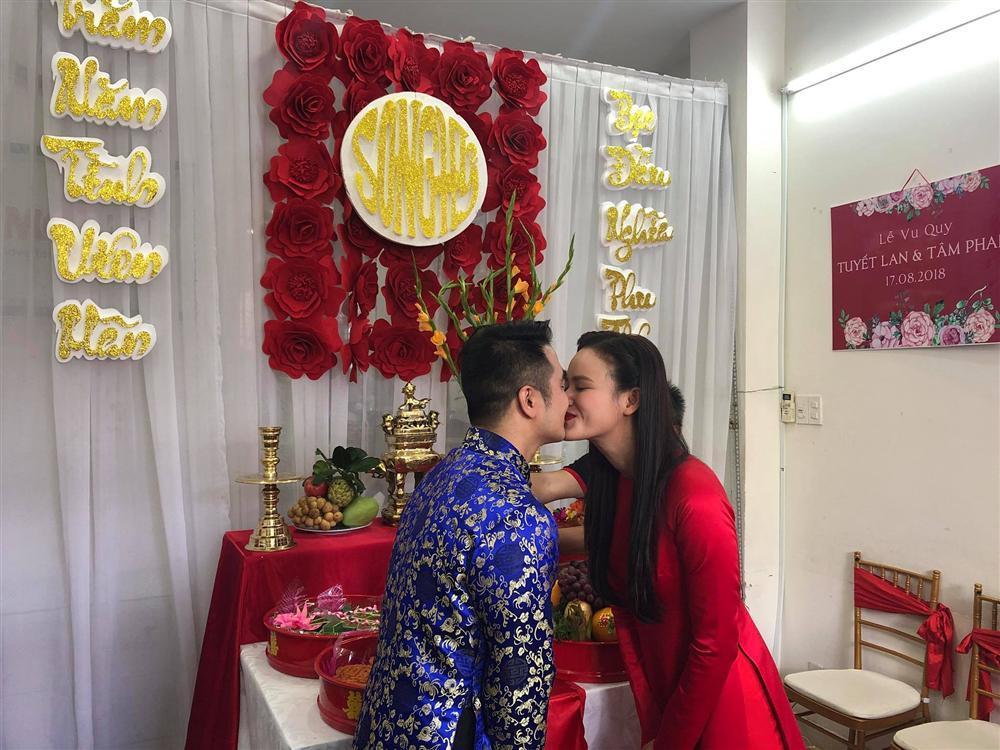 Á quân Vietnams Next Top Model 2010 Tuyết Lan đính hôn với chồng doanh nhân vào hôm nay-2