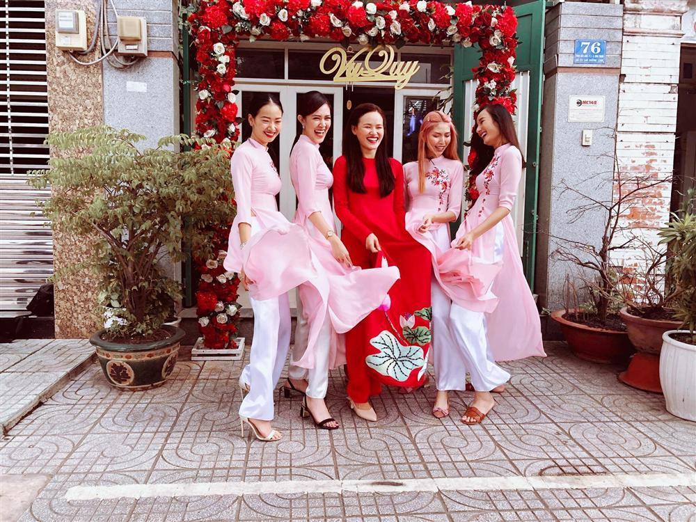 Á quân Vietnams Next Top Model 2010 Tuyết Lan đính hôn với chồng doanh nhân vào hôm nay-8