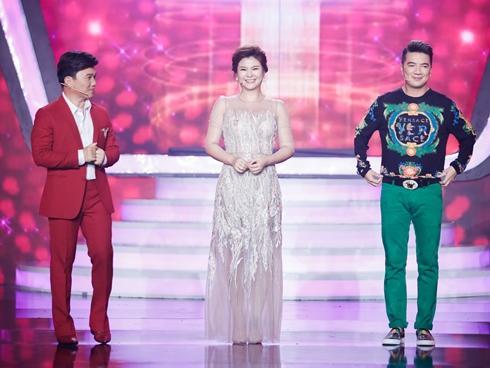 Cứ mở miệng là khen thí sinh, NSƯT Kim Oanh bị chê 'thảo mai' trên ghế nóng