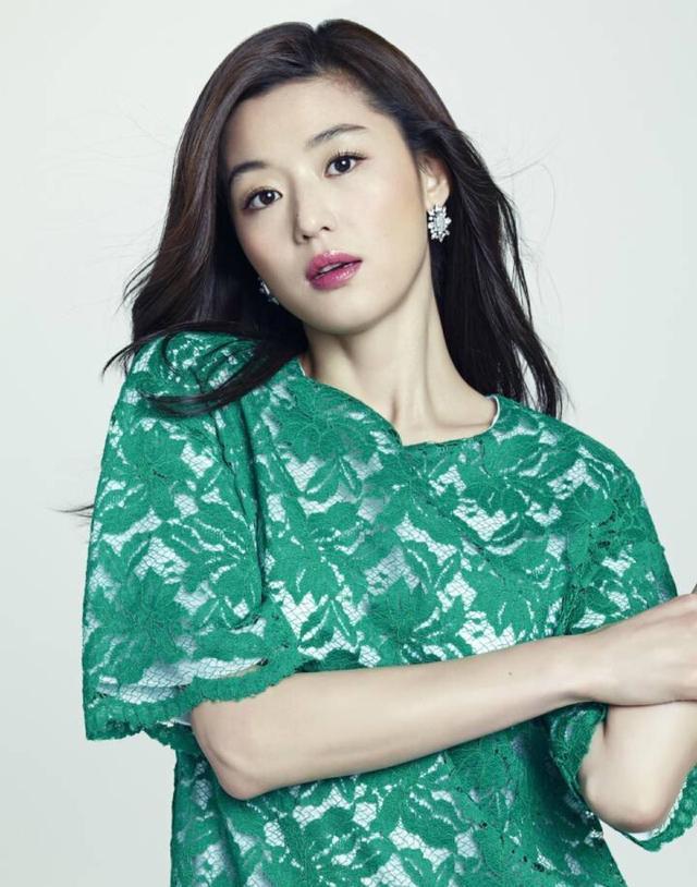Mợ chảnh Jeon Ji Hyun kiếm được 3 tỉ đồng mỗi tháng nhờ cho thuê nhà-1