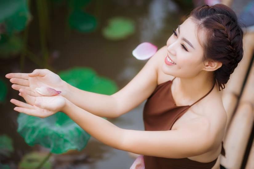 Thanh Hương Quỳnh Búp bê: Vai của tôi không bị cắt đoạn nào-1