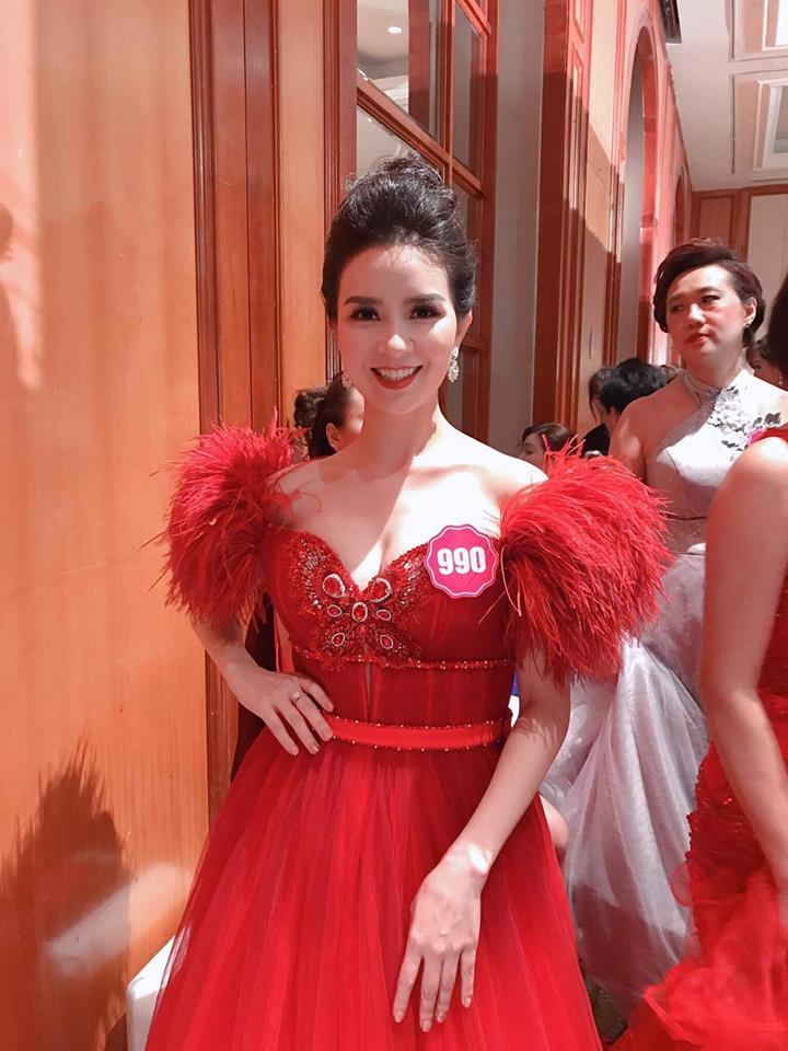 Đoạt vương miện nhưng tên chẳng ai biết, Đỗ Thị Thanh Huyền bị nghi ngờ thi chui Hoa hậu Phụ nữ Á Đông 2018-1