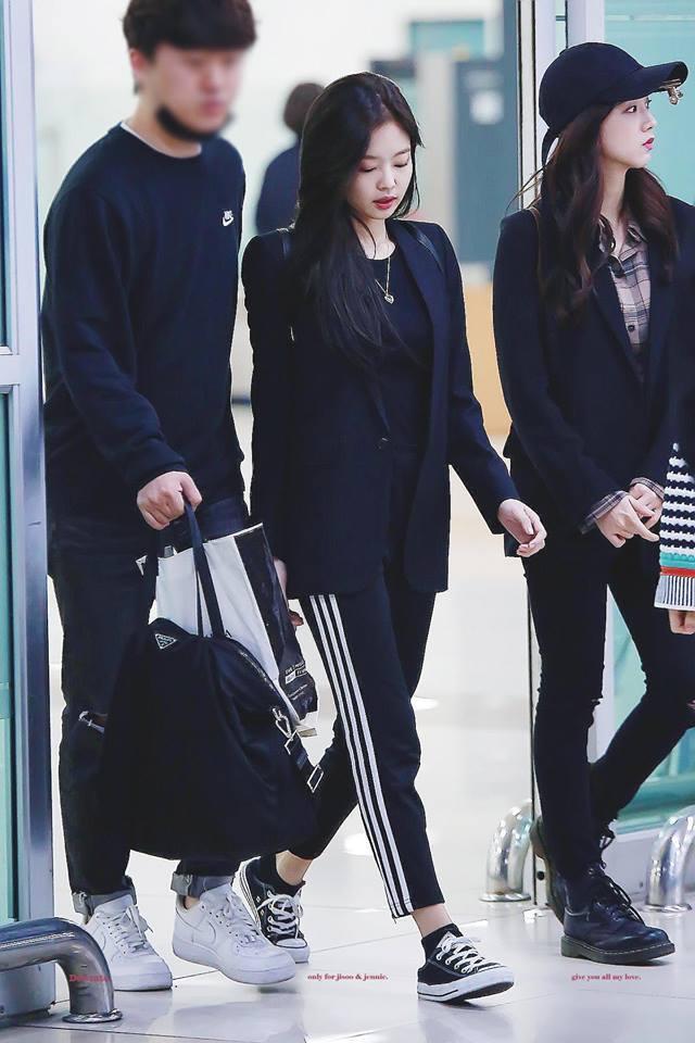 Biến sân bay thành sàn catwalk, Black Pink Jennie khiến cư dân mạng phát cuồng vì quá đẹp-4