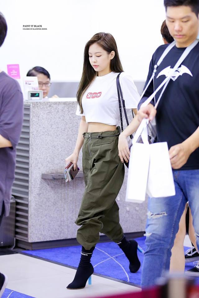 Biến sân bay thành sàn catwalk, Black Pink Jennie khiến cư dân mạng phát cuồng vì quá đẹp-12
