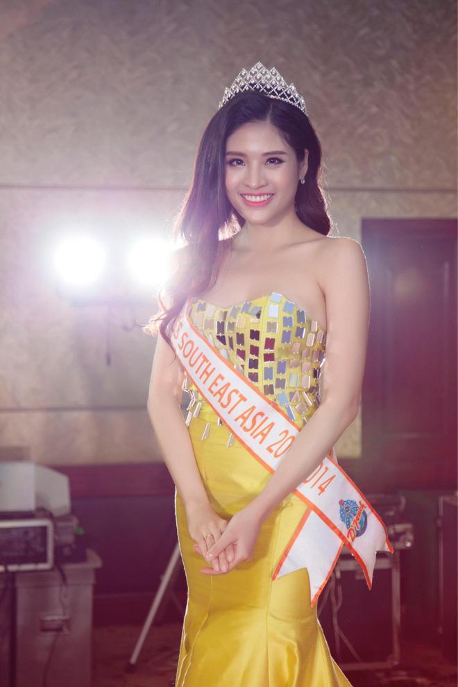 Đoạt vương miện nhưng tên chẳng ai biết, Đỗ Thị Thanh Huyền bị nghi ngờ thi chui Hoa hậu Phụ nữ Á Đông 2018-11