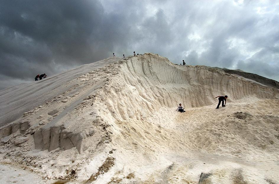 Chinh phục núi muối Thất Cổ trắng như tuyết ở Đài Loan-4