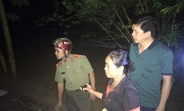 Chạy lũ xuyên đêm, 5 người chết ở Nghệ An-3