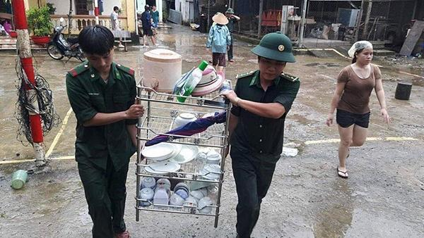 Chạy lũ xuyên đêm, 5 người chết ở Nghệ An-5