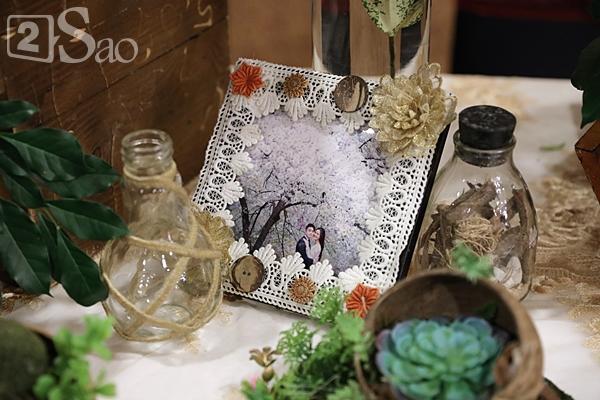 Khung cảnh ngập tràn hoa trong đám cưới của Tuyết Lan-6