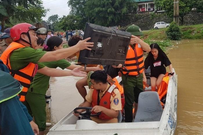Nước dâng cao không ngừng, TP Thanh Hóa di dời 7.000 dân-2