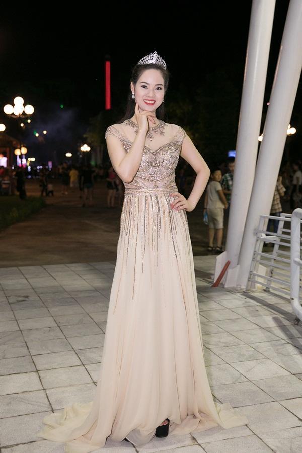 Gừng càng già càng cay, dàn Hoa hậu Việt Nam ở ẩn bất ngờ tái xuất lộng lẫy không kém cạnh đàn em-5