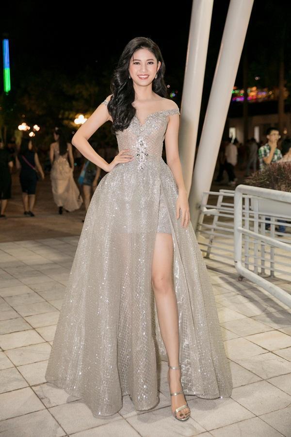 Gừng càng già càng cay, dàn Hoa hậu Việt Nam ở ẩn bất ngờ tái xuất lộng lẫy không kém cạnh đàn em-12