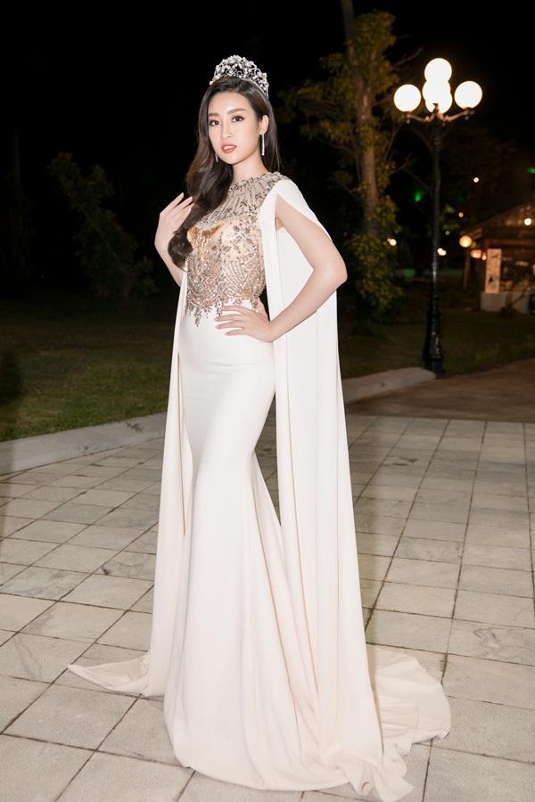 Gừng càng già càng cay, dàn Hoa hậu Việt Nam ở ẩn bất ngờ tái xuất lộng lẫy không kém cạnh đàn em-8