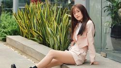 Hot girl Han Sara ở tuổi 18: 'Em chưa biết yêu, không mặc sexy'