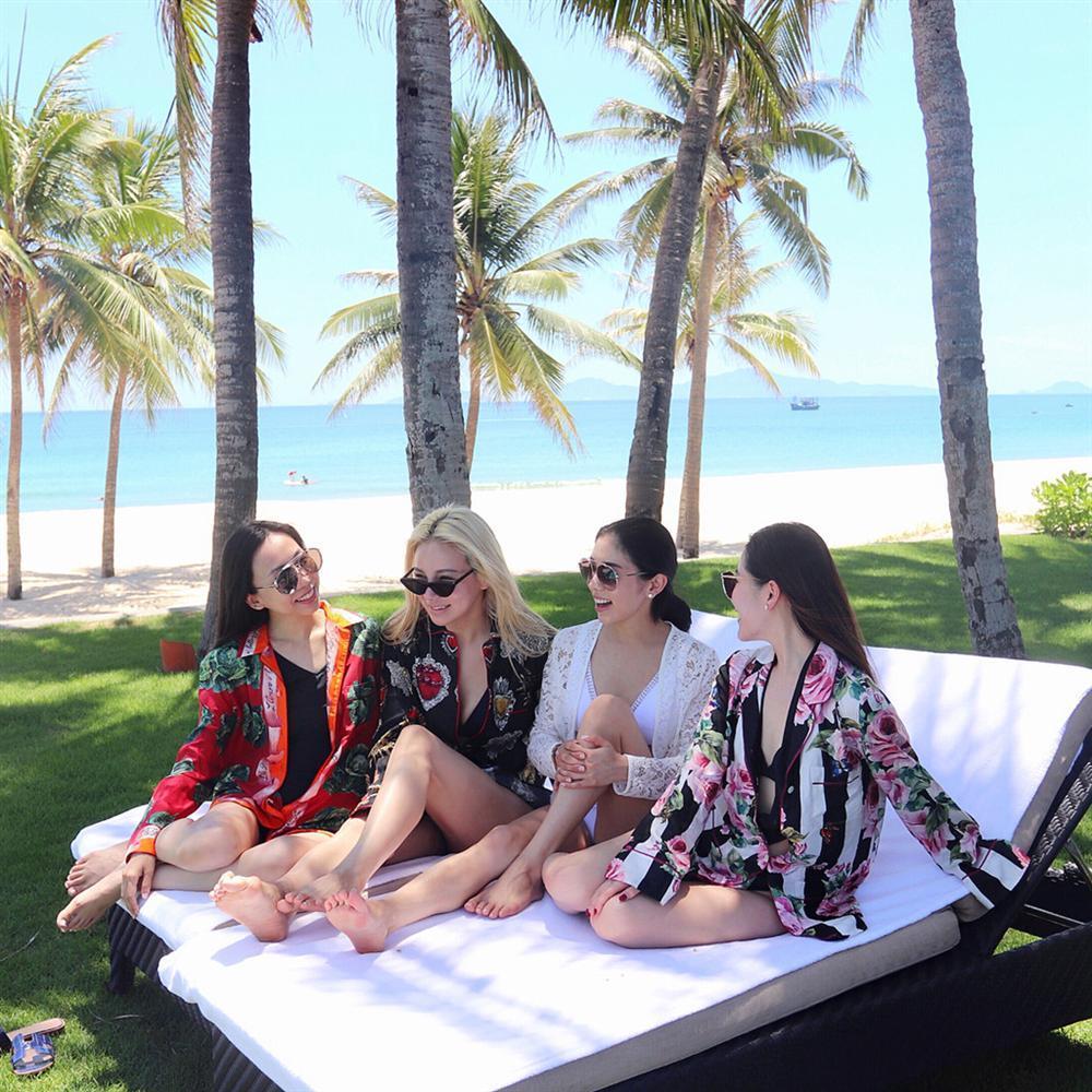 Loạt hot girl không hẹn mà rủ nhau du lịch Việt Nam-8