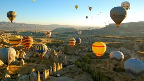 Những địa điểm du lịch hấp dẫn bạn nên đi vào tháng 8 này-4