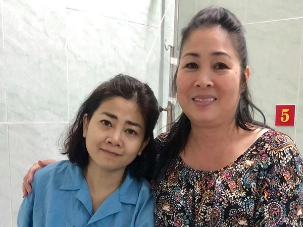 Chăm Mai Phương điều trị ung thư tại bệnh viện, gia đình kiểm soát nghiêm ngặt người ra vào thăm con gái-2