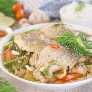 Công thức đặc biệt ngon cho món cá chép om dưa ngày mát trời-4