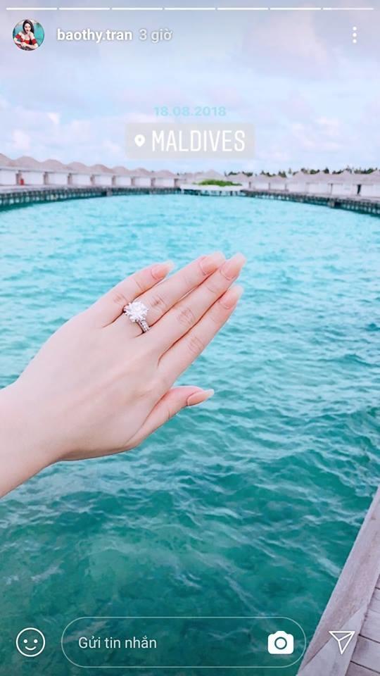 Khoe nhẫn kim cương khi đi du lịch ở Maldives, Bảo Thy khiến dân mạng xôn xao với nghi án vừa được cầu hôn-2