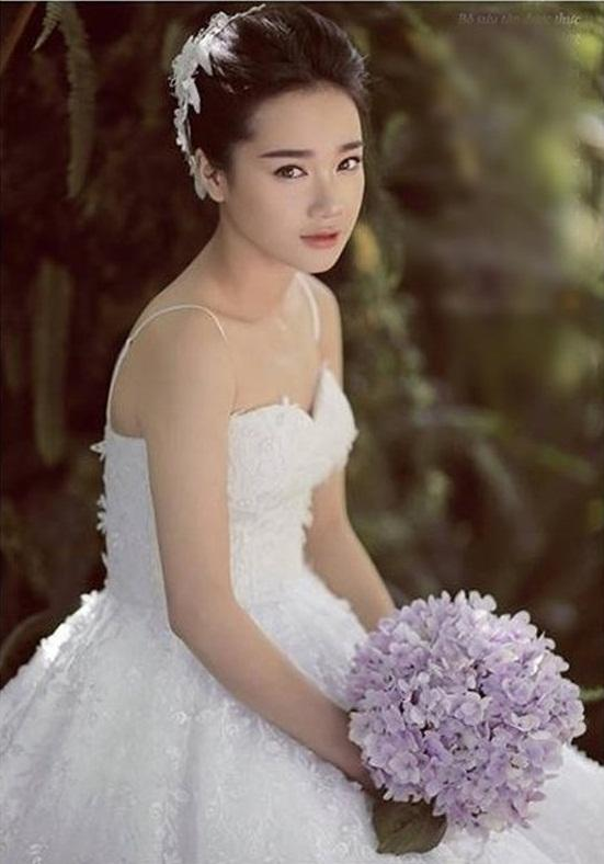 Lộ ảnh Nhã Phương thử áo cưới, chuẩn bị cùng Trường Giang về chung nhà?-9