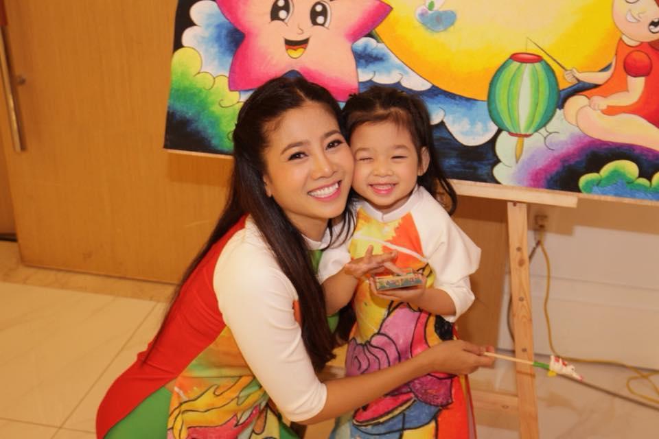 Để giữ lại nụ cười ngây thơ này, Mai Phương sẵn sàng vượt muôn trùng đớn đau dù bệnh tật hay khốn khó-11