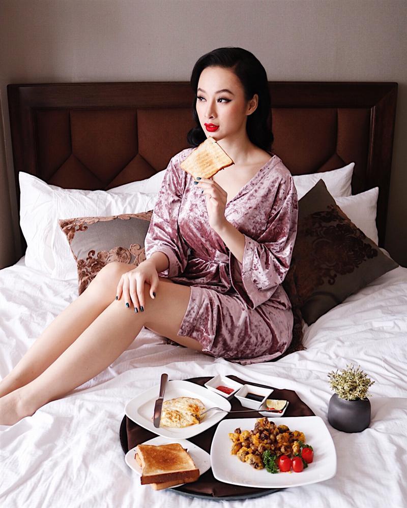 Angela Phương Trinh ra Hà Nội chỉ để ăn bữa trưa ngay trên giường-2