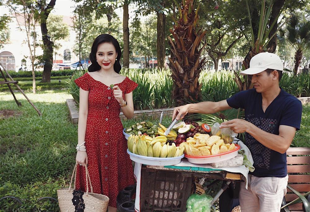 Angela Phương Trinh ra Hà Nội chỉ để ăn bữa trưa ngay trên giường-1