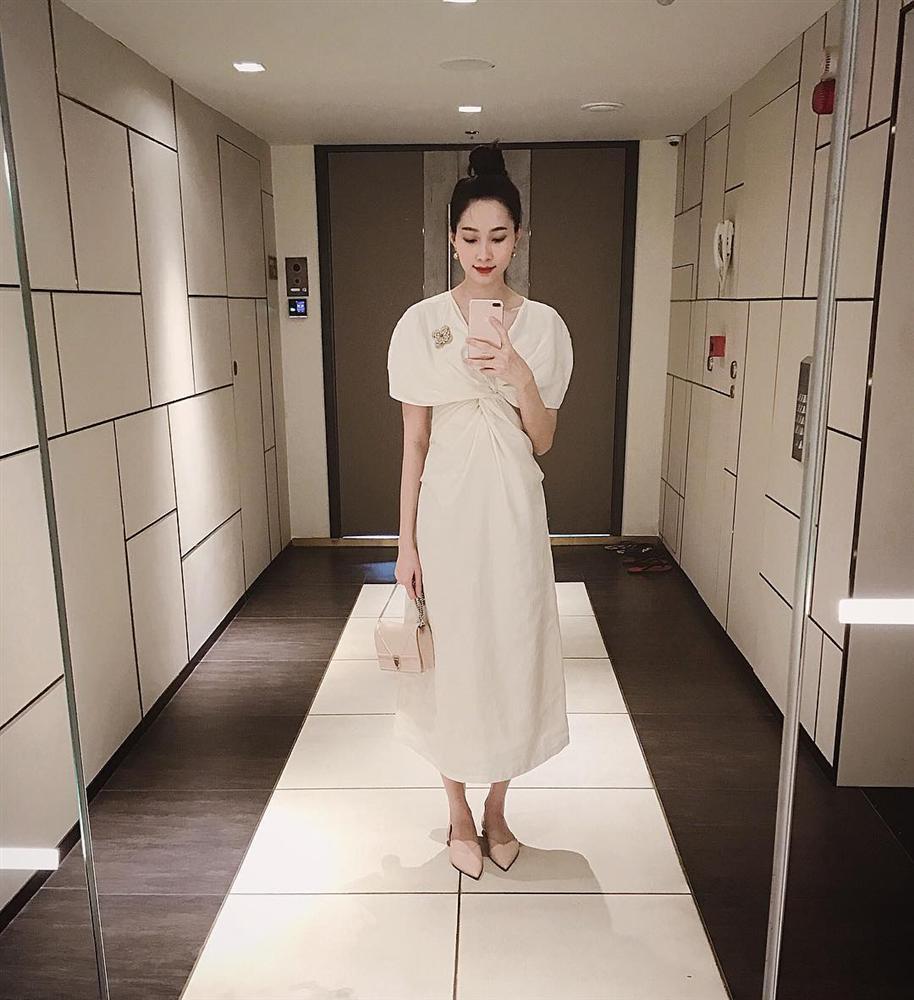Angela Phương Trinh ra Hà Nội chỉ để ăn bữa trưa ngay trên giường-3