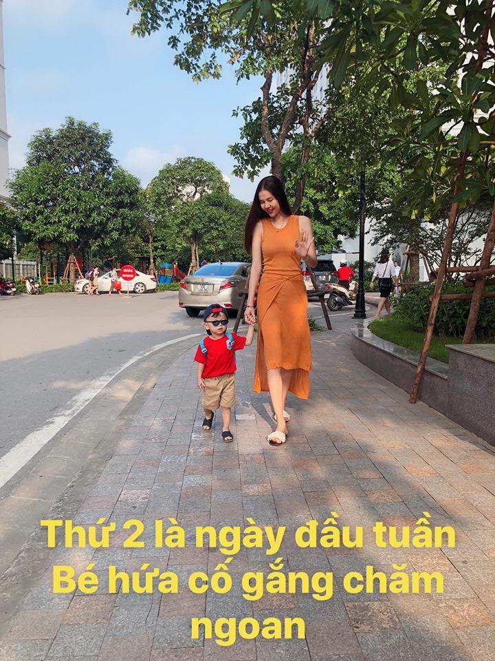 Angela Phương Trinh ra Hà Nội chỉ để ăn bữa trưa ngay trên giường-7