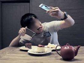 Sự khác biệt trong cách pose ảnh 'sống ảo' của các thế hệ